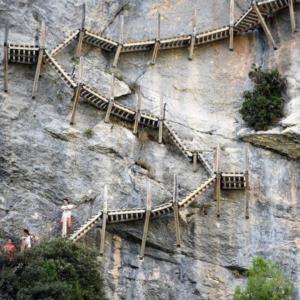 congosto de Mont-Rebei o pasarelas de Montfalcó Casa rural Trillo en Huesca